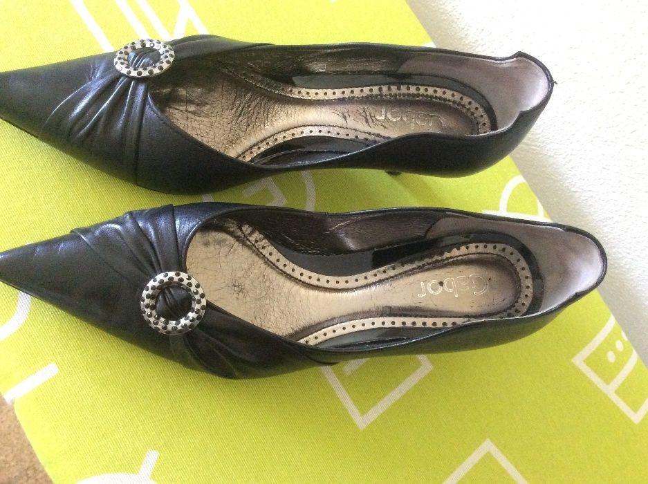 Sapatos pretos de senhora nº 37 Vila Nova de Famalicão - imagem 1