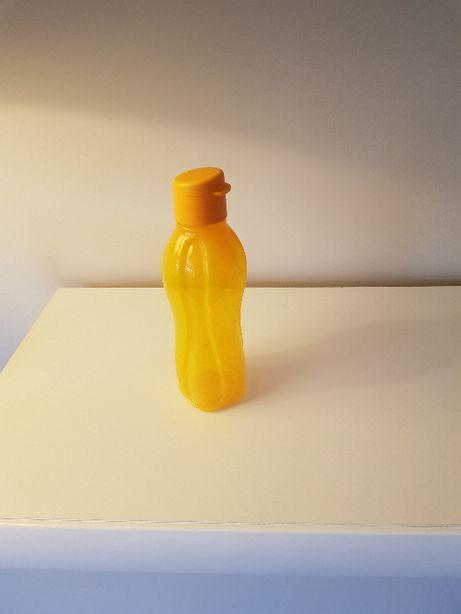 butelki do napojów firmy tupperware