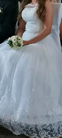 Śliczna suknia ślubna 34-36