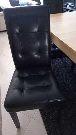 Conjunto Mesa de Jantar + 6 Cadeiras
