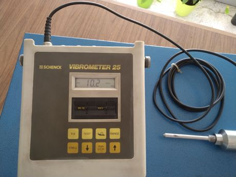 Medidor de Vibrações Schenck Vibrometer 25