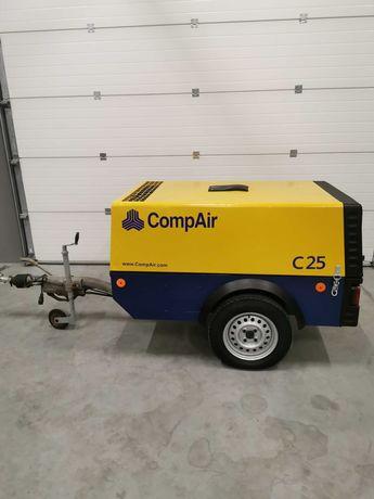Sprężarka śrubowa spalinowa COMPAIR C25 kompresor 2500l/min