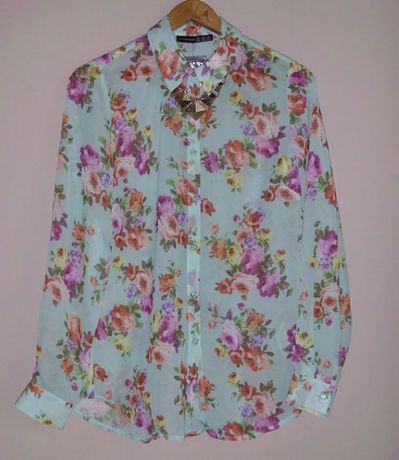 przepiękna kwiecista koszula