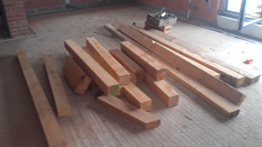 Belki drewniane.