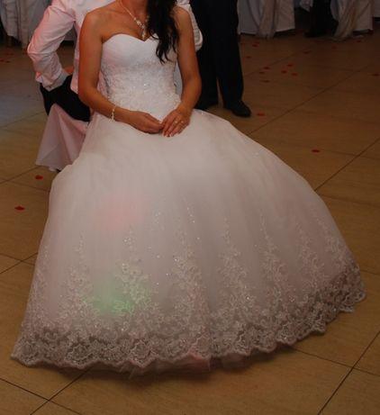 Używana, niezwykła suknia ślubna marki Duber w bardzo dobrym stanie