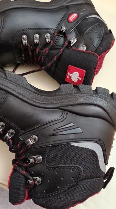Nowe buty do pracy firmy Strauss Gdańsk - image 1