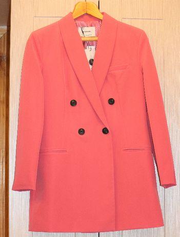 Пиджак, платье-пиджак Stradivarius, размер L