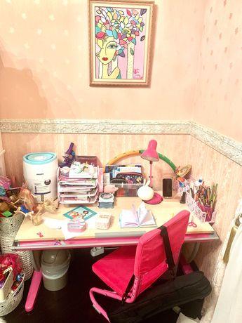 Набор парта «растущая» со стулом и настольной лампой в наборе