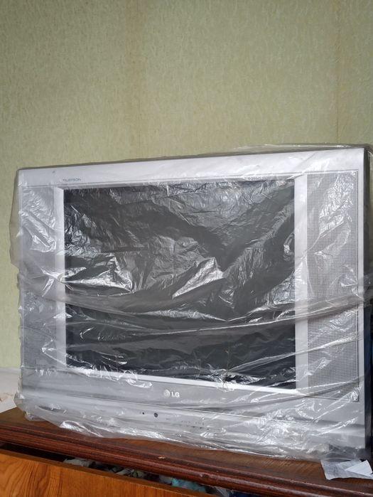 Телевизор LG Flatron Краснополье - изображение 1