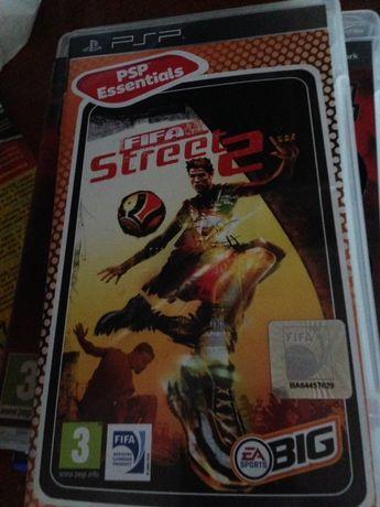 "Jogo PlayStation Portable ""FIFA Street 2"""
