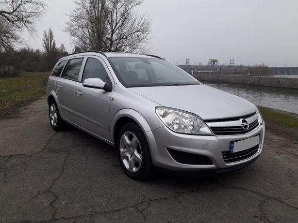 Как новый Opel Astra H, автомат