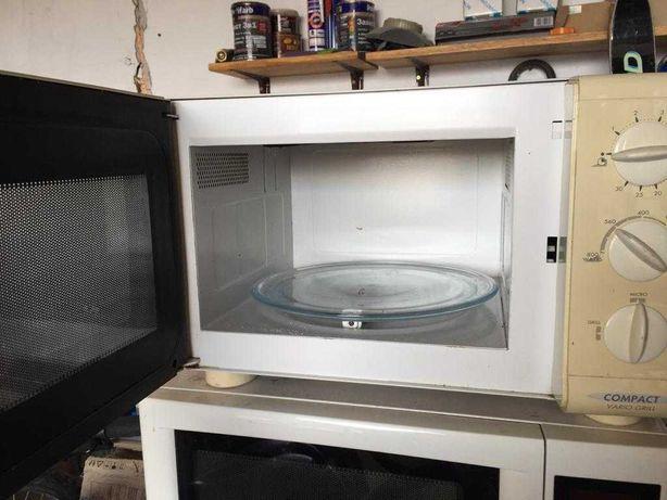 Микроволновая печь +  гриль