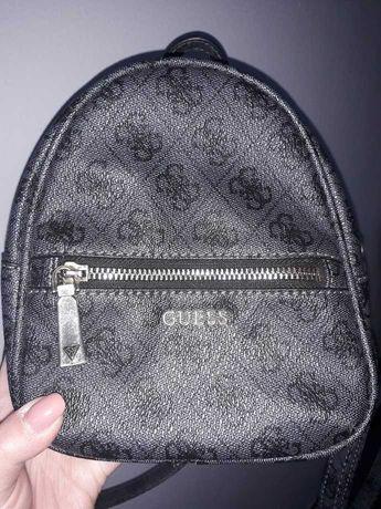 Plecak GUESS mini plecaczek czarny logo