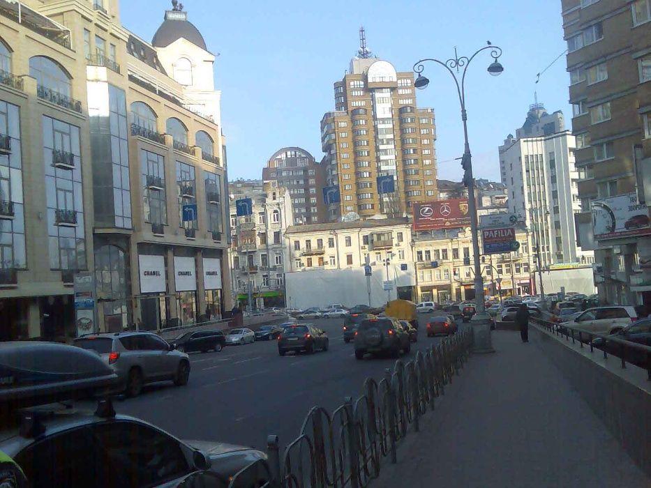 3 кімнатна, центр Київа , Басейна 7 ,центр, біля Хрещатика, за добу-1