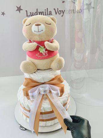 Памперсный торт из подгузников памперс подарок в роддом на выписку