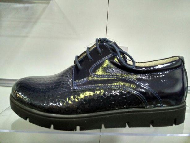 Кожаные школьные туфли для девочек производства Турция р-ры с 31 по 36
