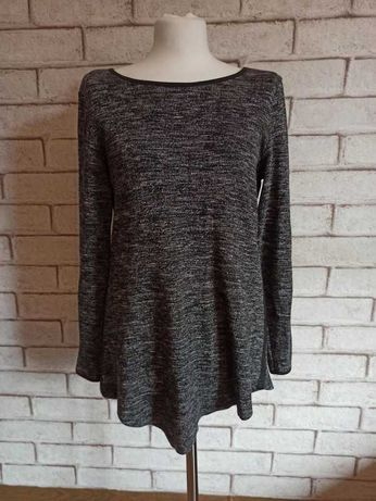 Asymetryczna bluzka idealna do legginsów lub spodni typu slim r. 40, L