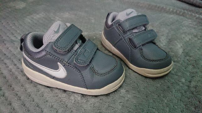 Buty Nike oryginalne rozmiar 21
