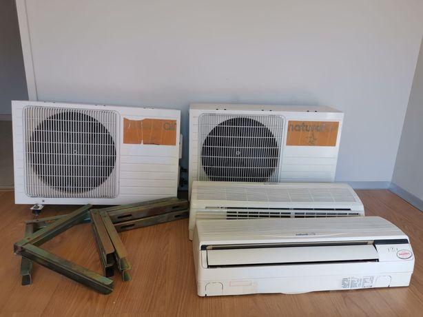 2 Ar condicionados