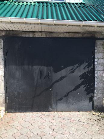 Продам Ворота в гараж