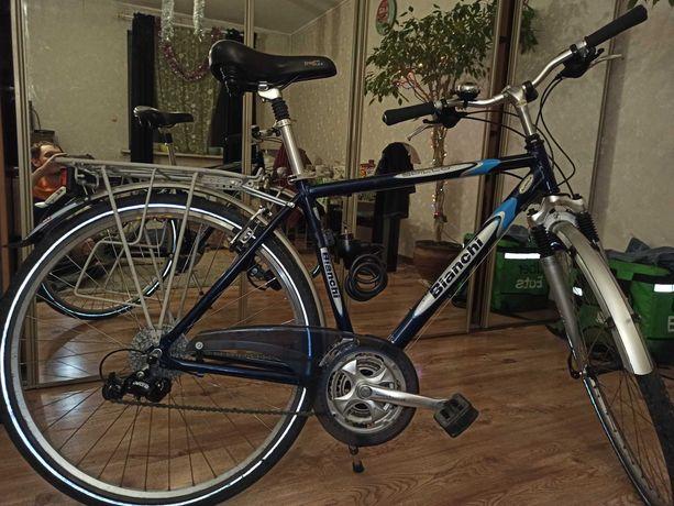 uwaga. z podjazdu skradziono 2 rowery.
