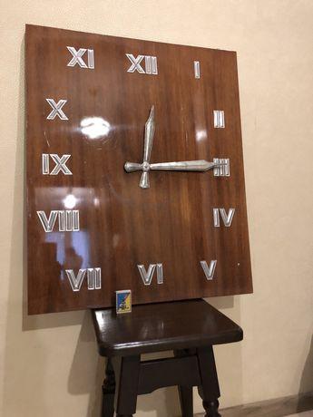 Часы настенные ретро СССР