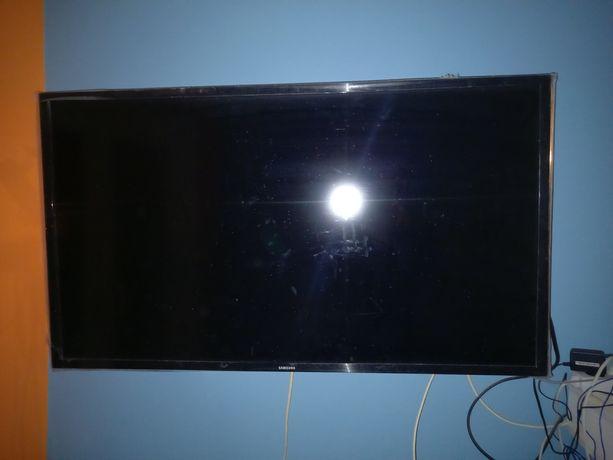 Sprzedam tv Samsung 40 cali