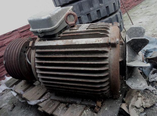 Электродвигатель 30 кВт 1470 об.мин.