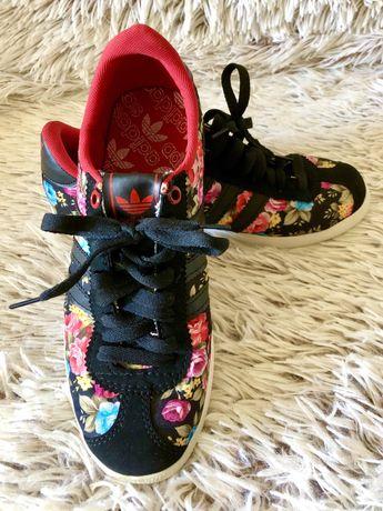 Кросівки нові, кросовки новые