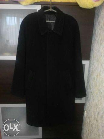 Мужское пальто. 52 размер.