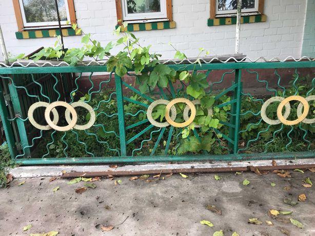 Продам металеві ворота та забор 8,5 метров
