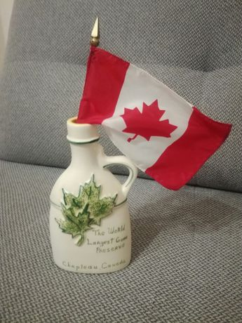 Butelka Canada.