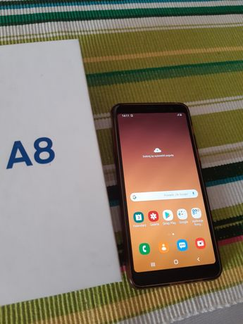 Samsung Galaxy A8 2018  8 rdzeni , 4 GB RAM,  superAmoled