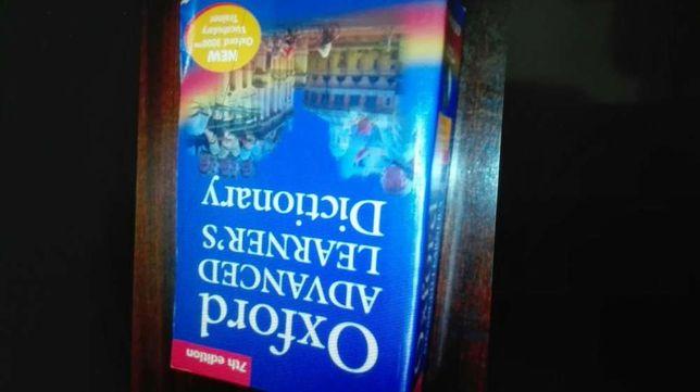 Dicionario inglês em muito bom estado