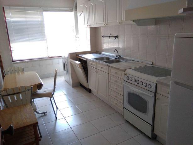 Apartamento T2 - Arrenda-se - Aveiro