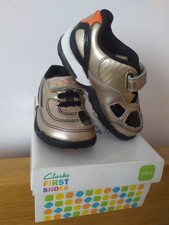 Nowe buty Clarks First Shoes adidaski dla chłopca rozm 20 świecą