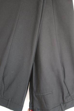Zara - spodnie damskie materiałowe