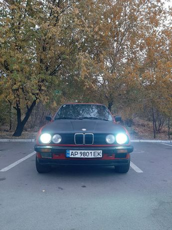 "СРОЧНО продам авто ""BMW"" E30"