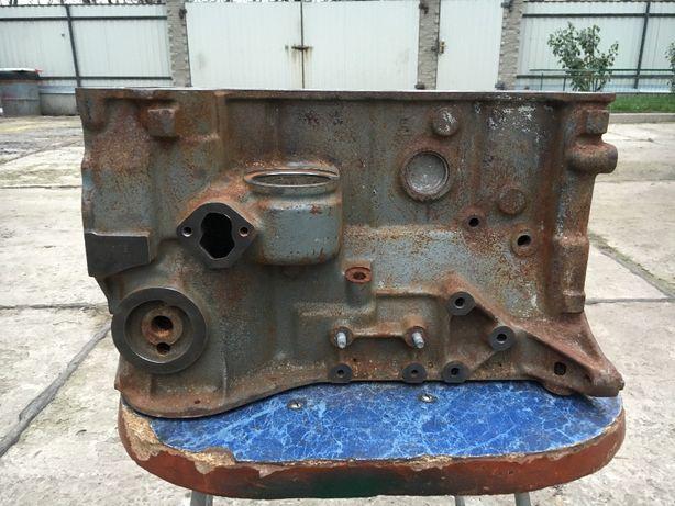 Продам Блок автомобиля ВАЗ-2103 идеал СССР