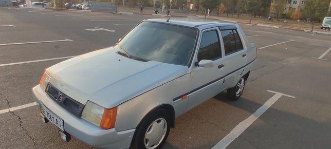 Продам автомобиль Славута