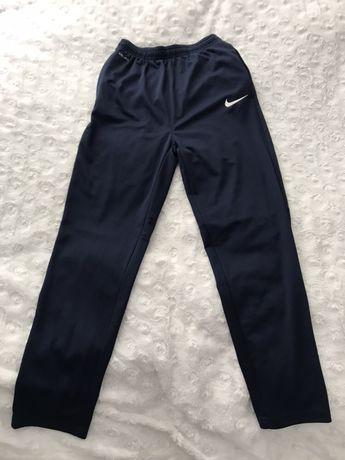 Nike spodnie chłopięce nowe 158-170cm