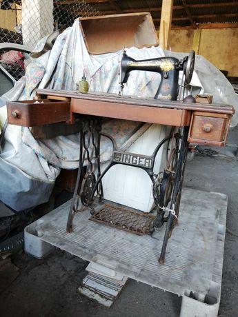 Máquina de costura Singer,