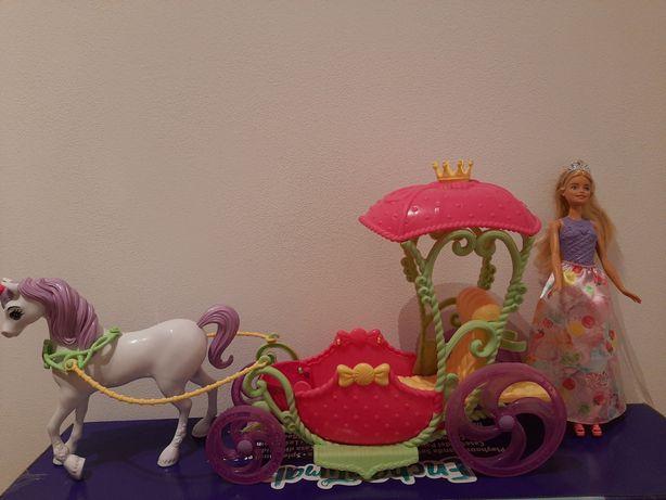 Karoca księżniczki z lalką Barbie