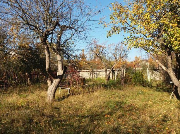 Продам участок на П. Поле район Церкви pp25