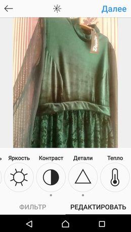 Очень крутое и нарядное изумрудное платье платье