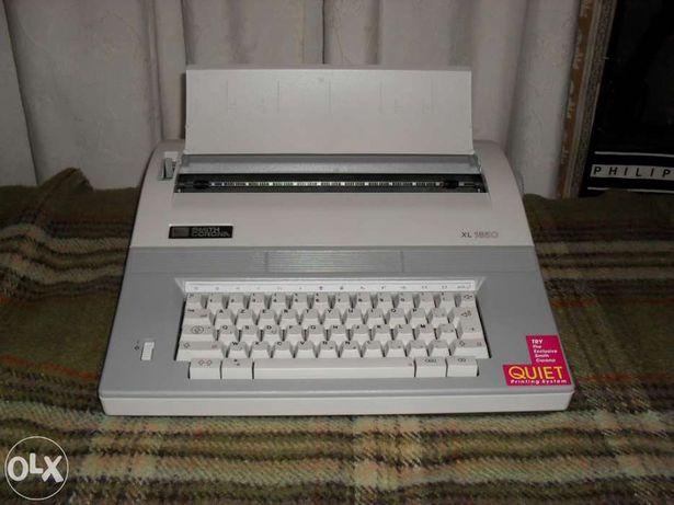 Máquina Escrever Electrónica