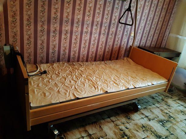 Elektryczne łóżko rehabilitacyjne + materac przeciwodleżynowy