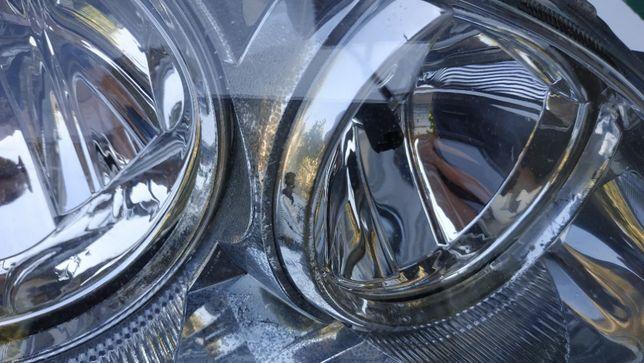 Фара правая Б/У оригинал. Toyota Avensis T-220 / 00-03