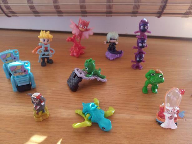 Киндер игрушки с разных коллекций