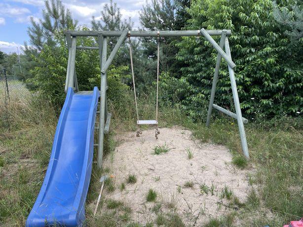 Plac zabaw huśtawka ogrodowa dla dzieci ze zjeżdżalnią